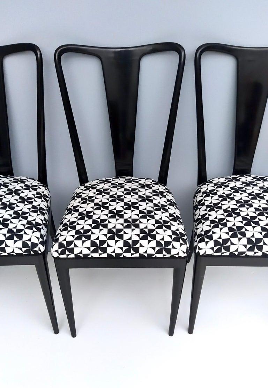 Set of Six Patterned Ebonized Walnut Chairs by Guglielmo Ulrich, Italy For Sale 4