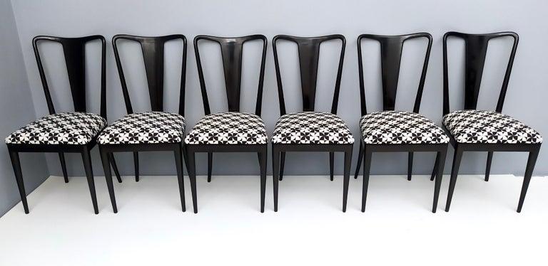 Mid-Century Modern Set of Six Patterned Ebonized Walnut Chairs by Guglielmo Ulrich, Italy For Sale