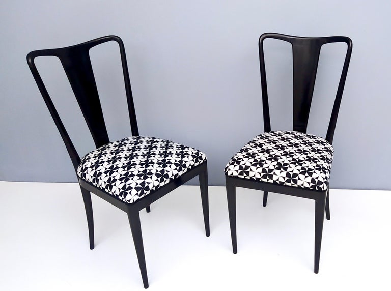 Set of Six Patterned Ebonized Walnut Chairs by Guglielmo Ulrich, Italy In Excellent Condition For Sale In Bresso, Lombardy