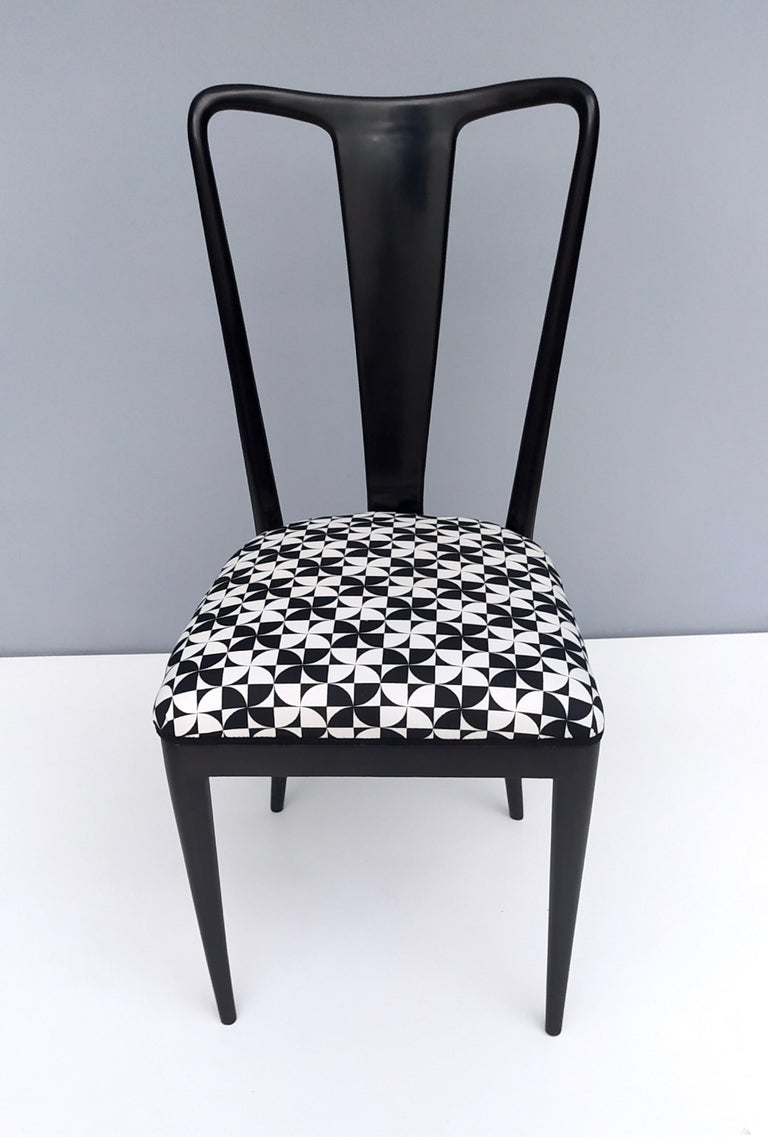 Mid-20th Century Set of Six Patterned Ebonized Walnut Chairs by Guglielmo Ulrich, Italy For Sale