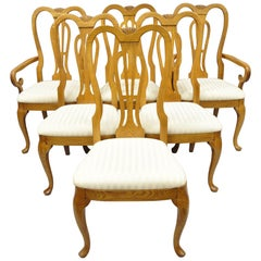 Set of Six Pennsylvania House Oak Wood Queen Anne Style Dining Room Chairs