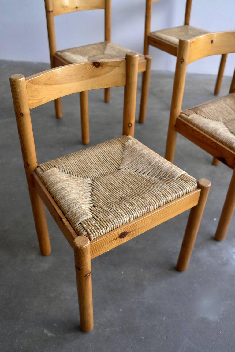 Set of Six Pine and Wicker Chairs in Style of Charlotte Perriand For Sale 4