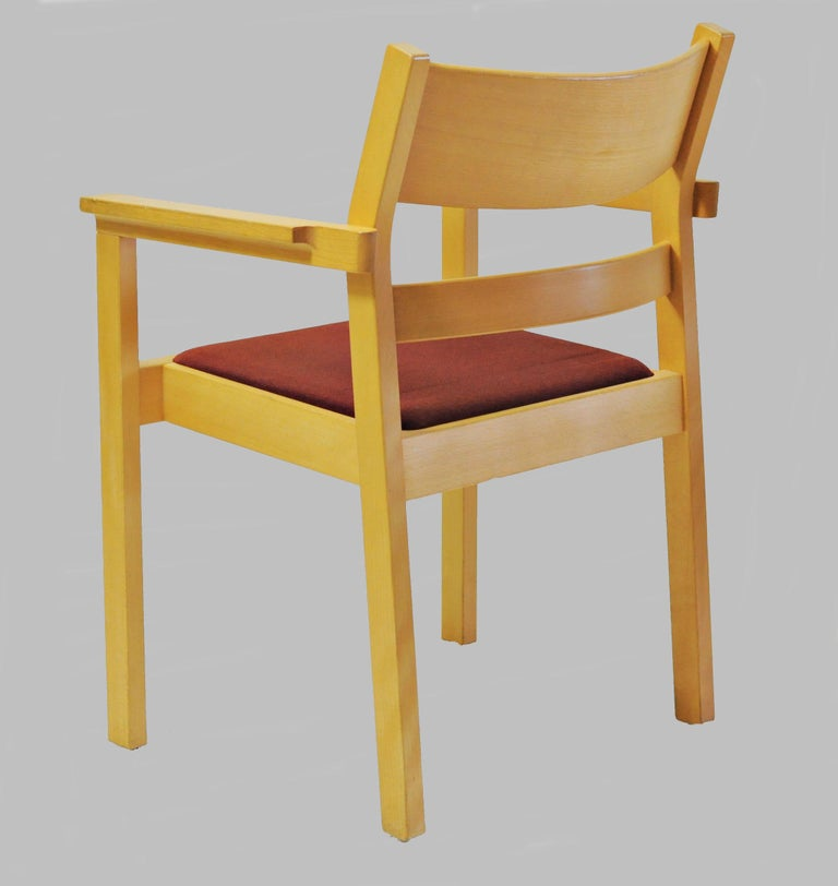 Set of Six Refinished Hans J. Wegner Armchairs in Beech, Choice of Upholstery In Good Condition For Sale In Knebel, DK