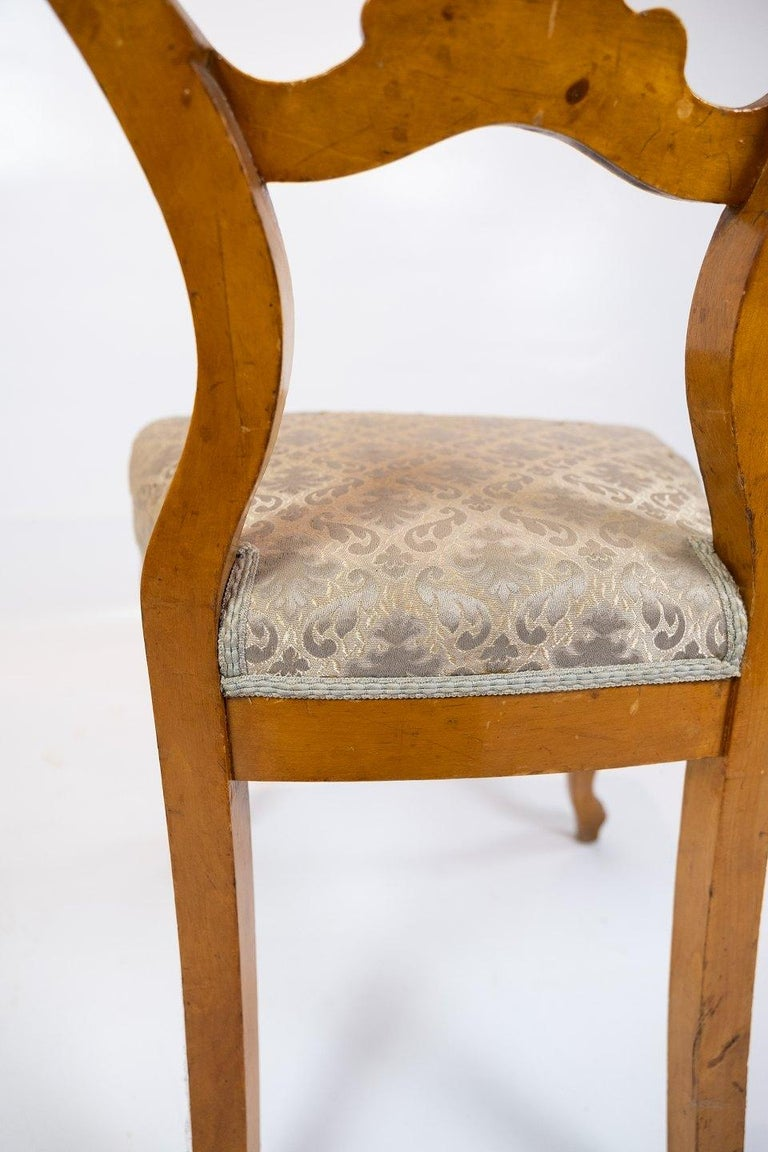 Set of Six Rococo Dining Room Chairs of Light Mahogany, 1760s For Sale 2