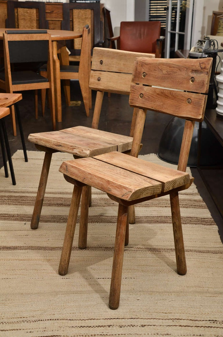 Pair of Vintage French Rustic Oak Dining Chairs In Good Condition For Sale In New York City, NY