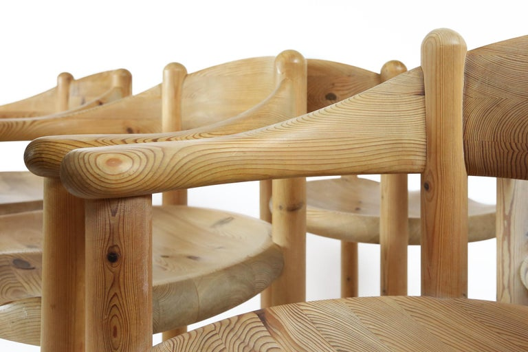 Set of Six Scandinavian Dining Room Chairs in Pine by Rainer Daumiller In Good Condition For Sale In Ghent, BE