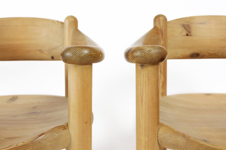 Set of Six Scandinavian Dining Room Chairs in Pine by Rainer Daumiller For Sale 1