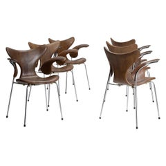 Set of Six Seagull Chairs by Arne Jacobsen