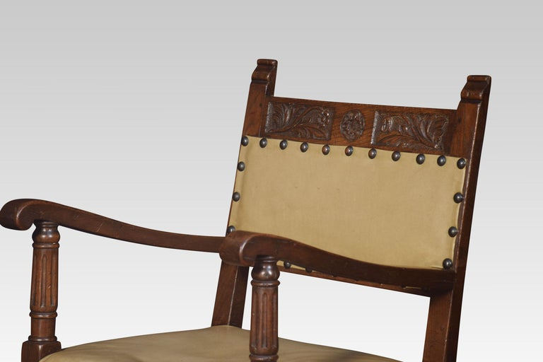 Set of Six Substantial Oak Dining Chairs In Good Condition For Sale In Cheshire, GB