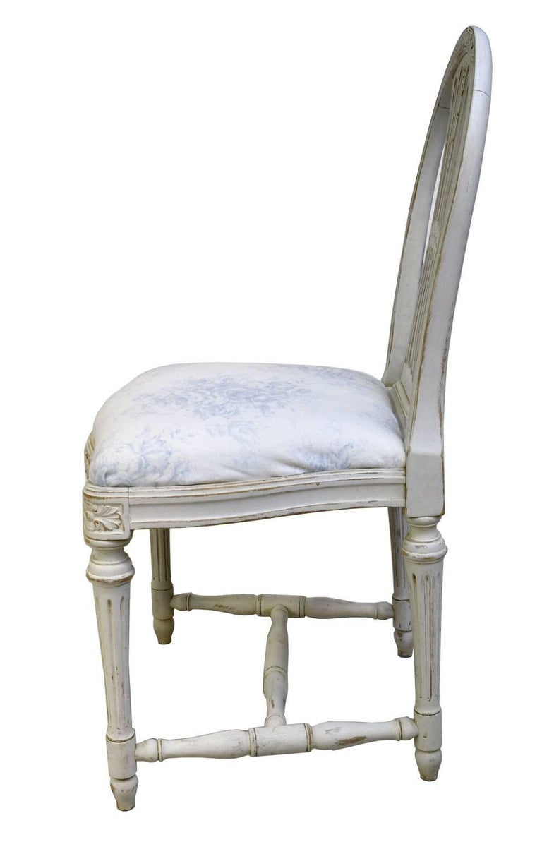 Set of Six Swedish Gustavian-Style Painted Dining Chairs,  c. 1890-1819 For Sale 4