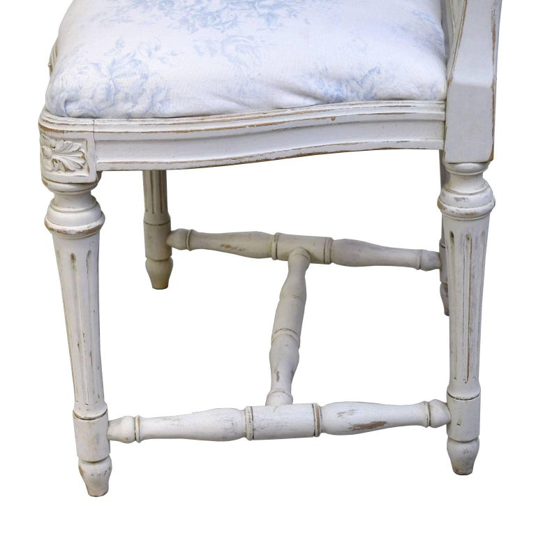Set of Six Swedish Gustavian-Style Painted Dining Chairs,  c. 1890-1819 For Sale 5