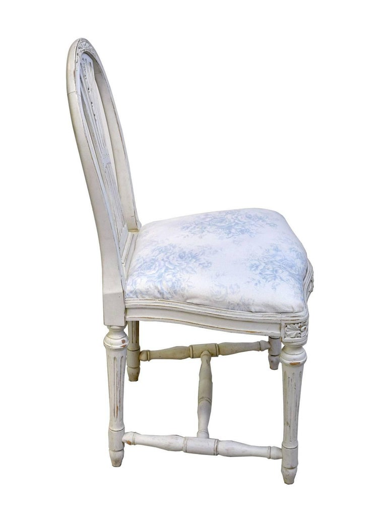 Set of Six Swedish Gustavian-Style Painted Dining Chairs,  c. 1890-1819 For Sale 10