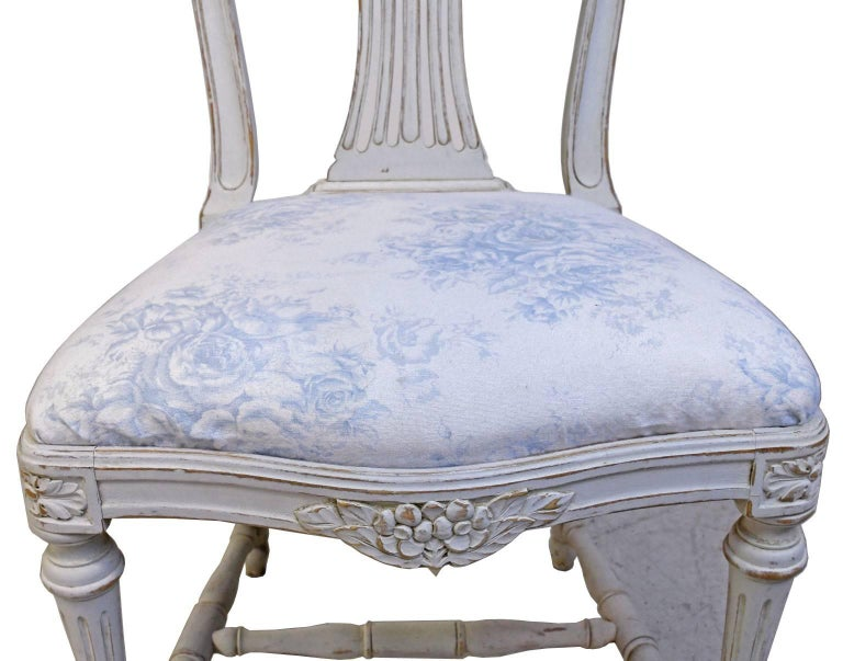 Set of Six Swedish Gustavian-Style Painted Dining Chairs,  c. 1890-1819 For Sale 2