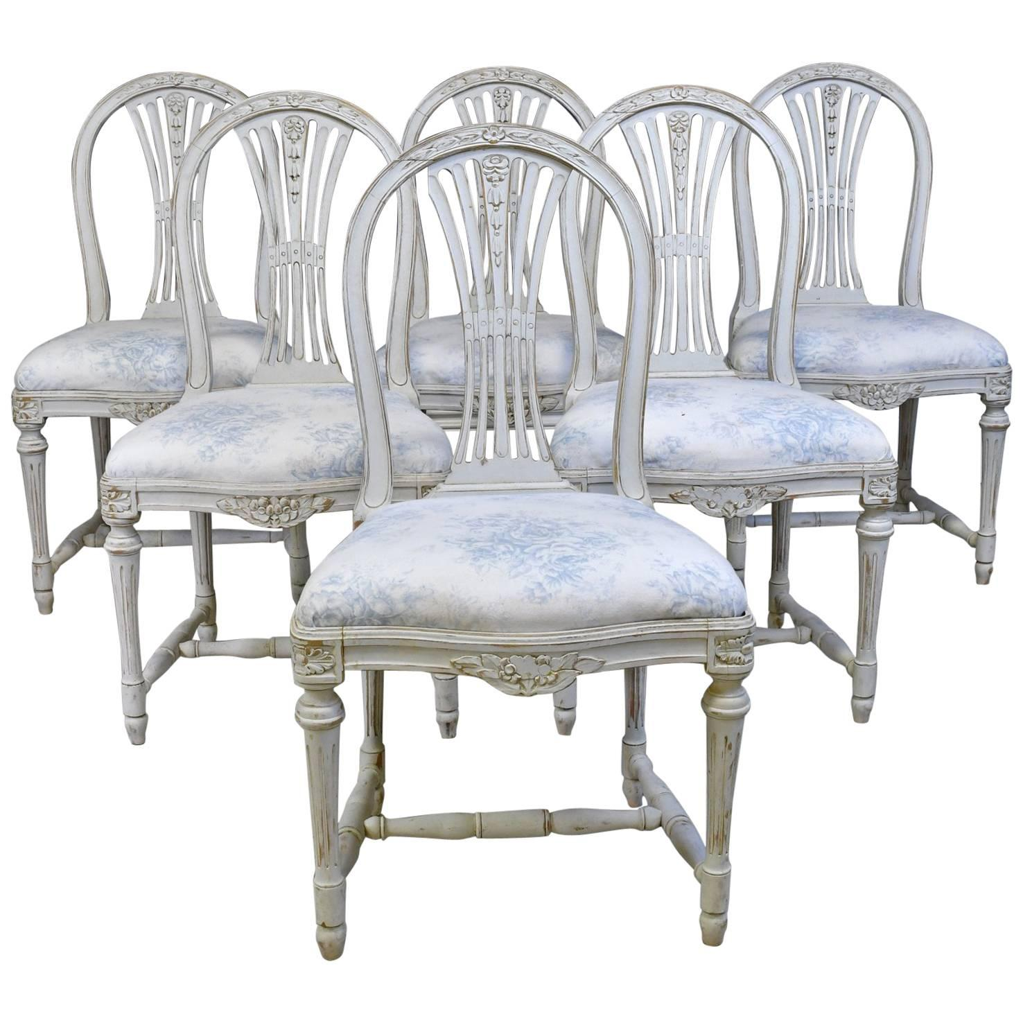 Incroyable Set Of Six Swedish Gustavian Style Painted Dining Chairs, C. 1890 1819