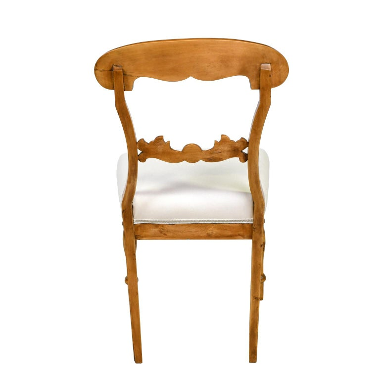 Set of Six Swedish Karl Johan Biedermeier Dining Chairs in Birch, circa 1825 For Sale 1