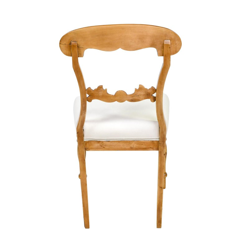 Set of Six Swedish Karl Johan Biedermeier Dining Chairs in Birch, circa 1825 For Sale 1