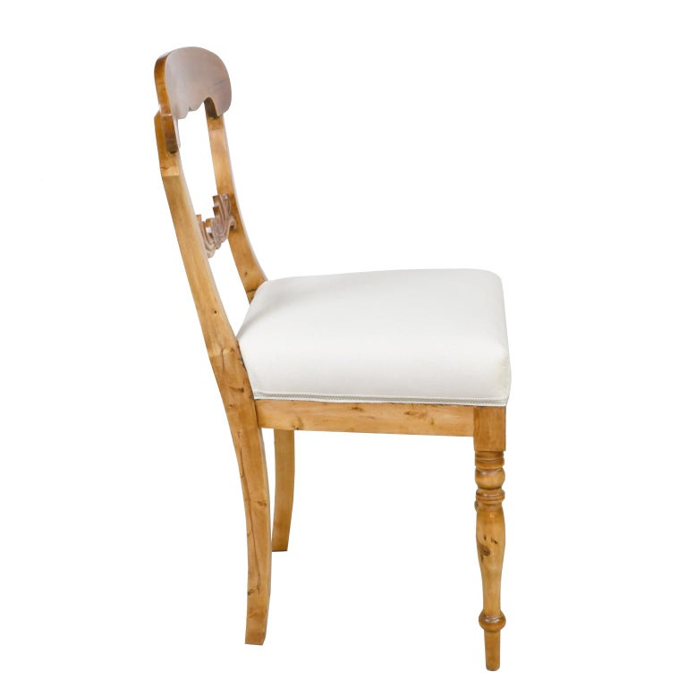 Set of Six Swedish Karl Johan Biedermeier Dining Chairs in Birch, circa 1825 For Sale 3