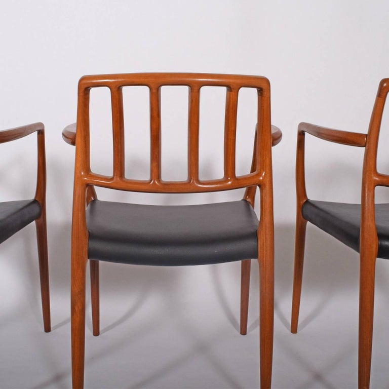 Mid-20th Century Set of Six Teak Armchairs Design by Niels O. Moller For Sale