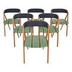 Set of Six Th Harlev Model 205 Danish Modern Midcentury Dining Chairs in Oak