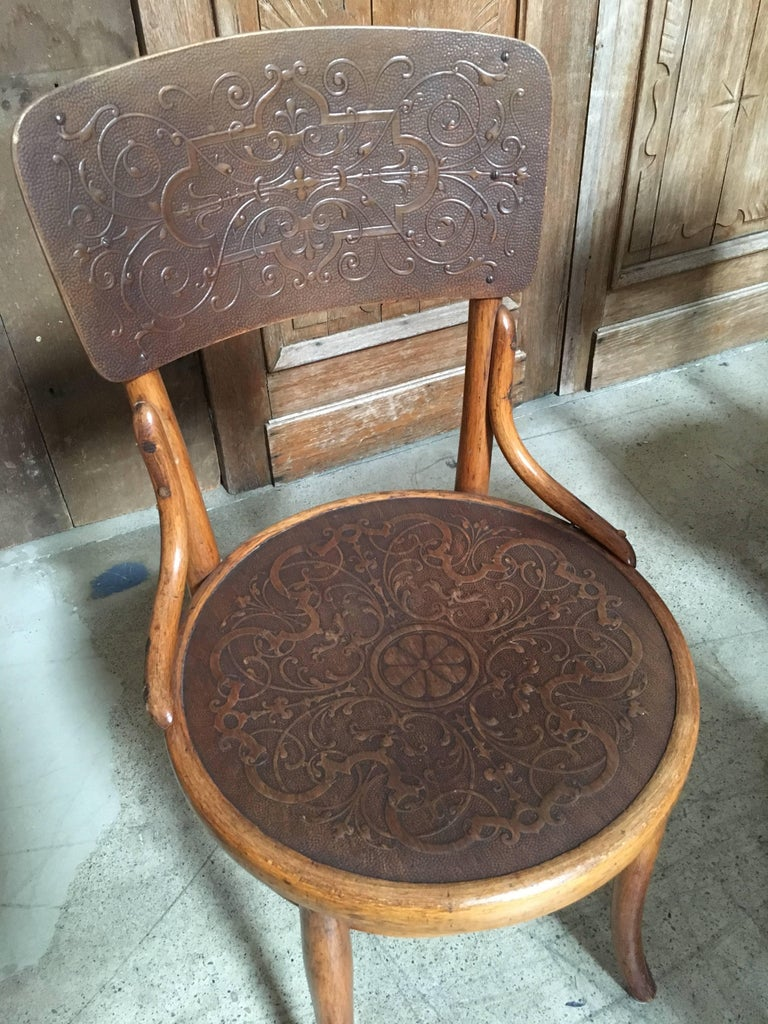 Set of Six Thonet Bentwood Dining Chairs For Sale 2