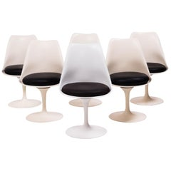 Set of Six Tulip Chairs as Originally Designed by Eero Saarinen, 1980s