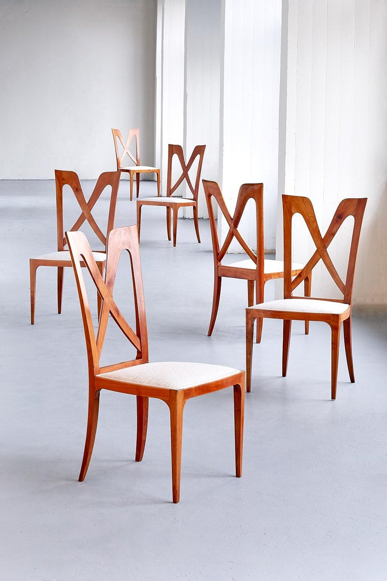 Italian Set of Six Ulderico Carlo Forni Dining Chairs in Cherry Wood, Italy, 1940s For Sale