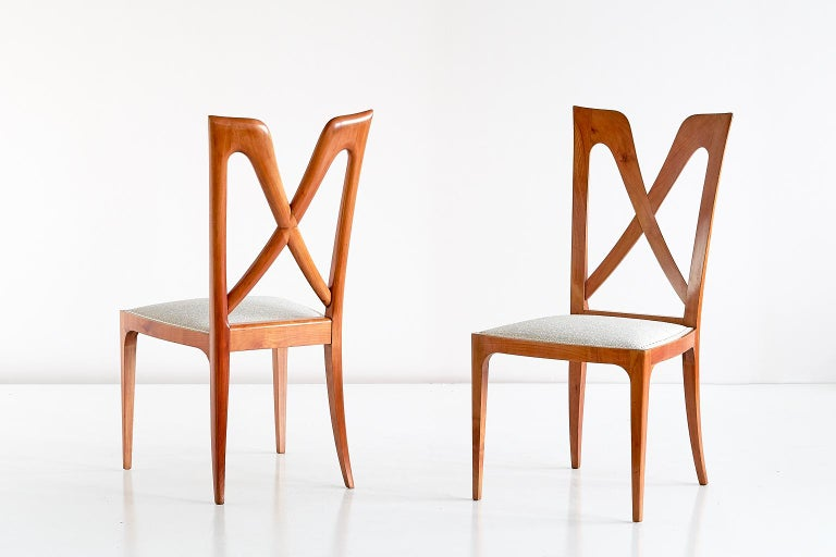 Polished Set of Six Ulderico Carlo Forni Dining Chairs in Cherry Wood, Italy, 1940s For Sale