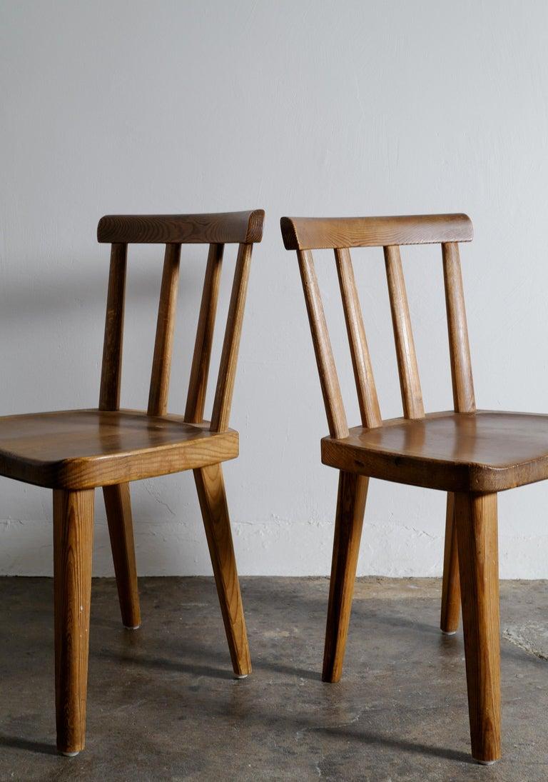 Scandinavian Modern Set of Six Utö Chairs by Axel Einar Hjorth in Pine for Nordiska Kompaniet, 1930s For Sale