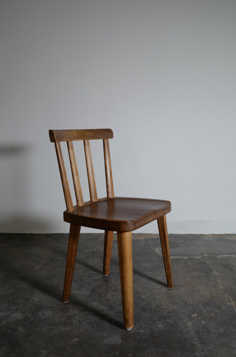 Set of Six Utö Chairs by Axel Einar Hjorth in Pine for Nordiska Kompaniet, 1930s In Good Condition For Sale In Stockholm, SE