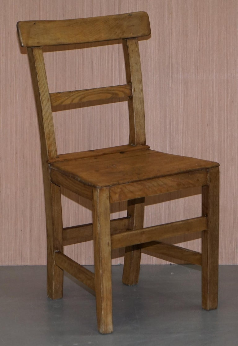Set of Six Victorian Elm and Oak Dining Room Chairs Stunning Timber Eight Ten For Sale 9