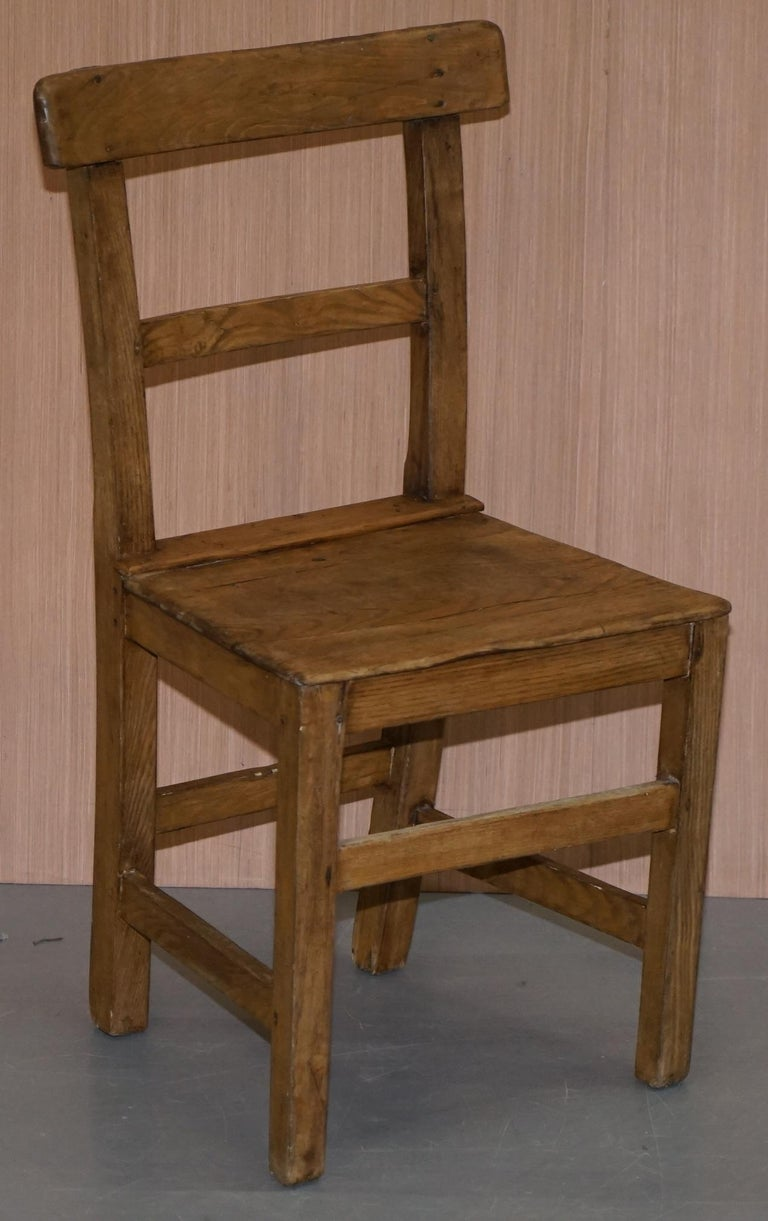 Set of Six Victorian Elm and Oak Dining Room Chairs Stunning Timber Eight Ten For Sale 13