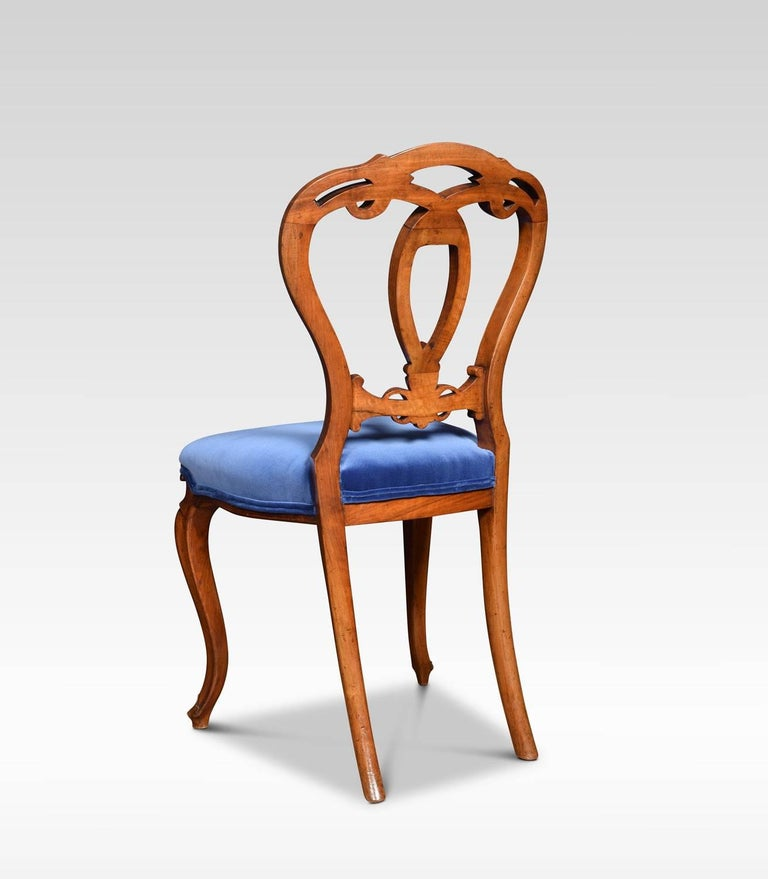 Set of Six Victorian Walnut Dining Room Chairs For Sale 2