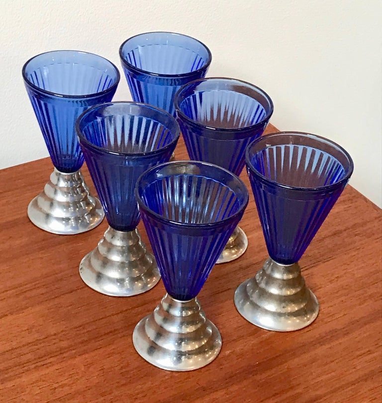American Set of Six Vintage Art Deco Cobalt Blue Glass Cordial Glasses with Chrome Base For Sale