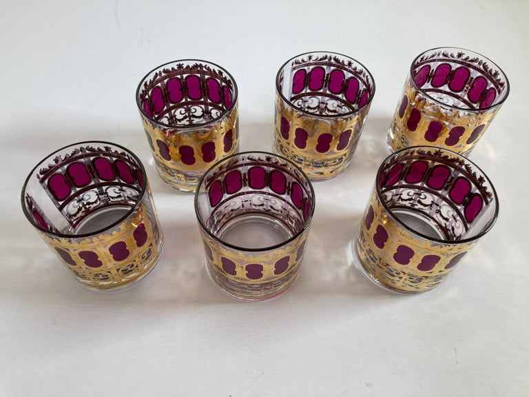 Set of Six Vintage Culver Glasses with 22-Karat Gold and Red Moorish Design In Fair Condition For Sale In North Hollywood, CA