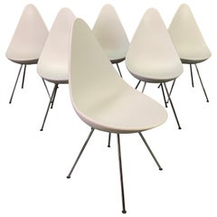 """Set of Six Vintage """"Drop"""" Dining Chairs by Arne Jacobsen for Fritz Hansen"""