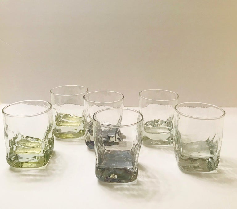 Set of Six Vintage Iridescent Whiskey Glasses with Ice Glass Design For Sale 3