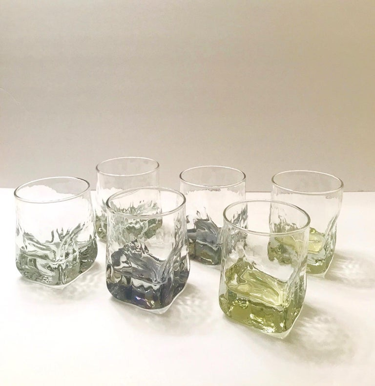 Mid-Century Modern Set of Six Vintage Iridescent Whiskey Glasses with Ice Glass Design For Sale