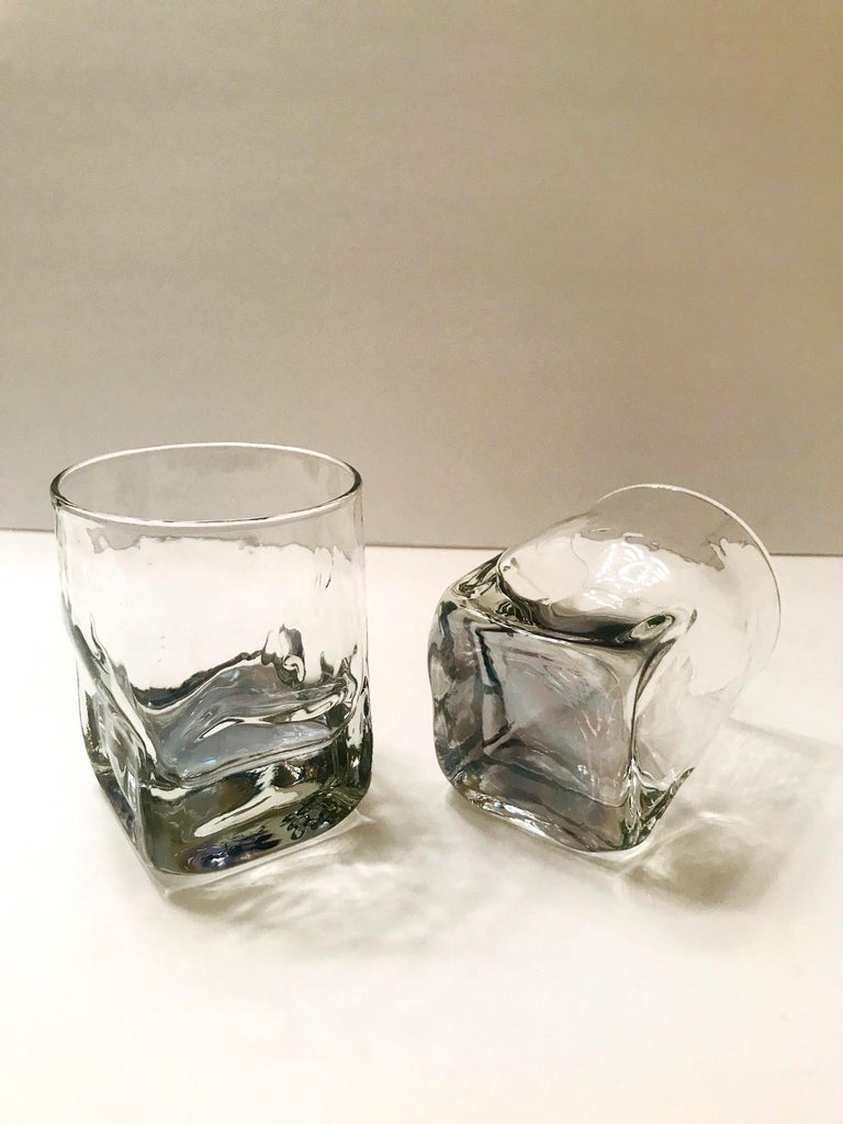 Set of Six Vintage Iridescent Whiskey Glasses with Ice Glass Design In Good Condition For Sale In Stamford, CT