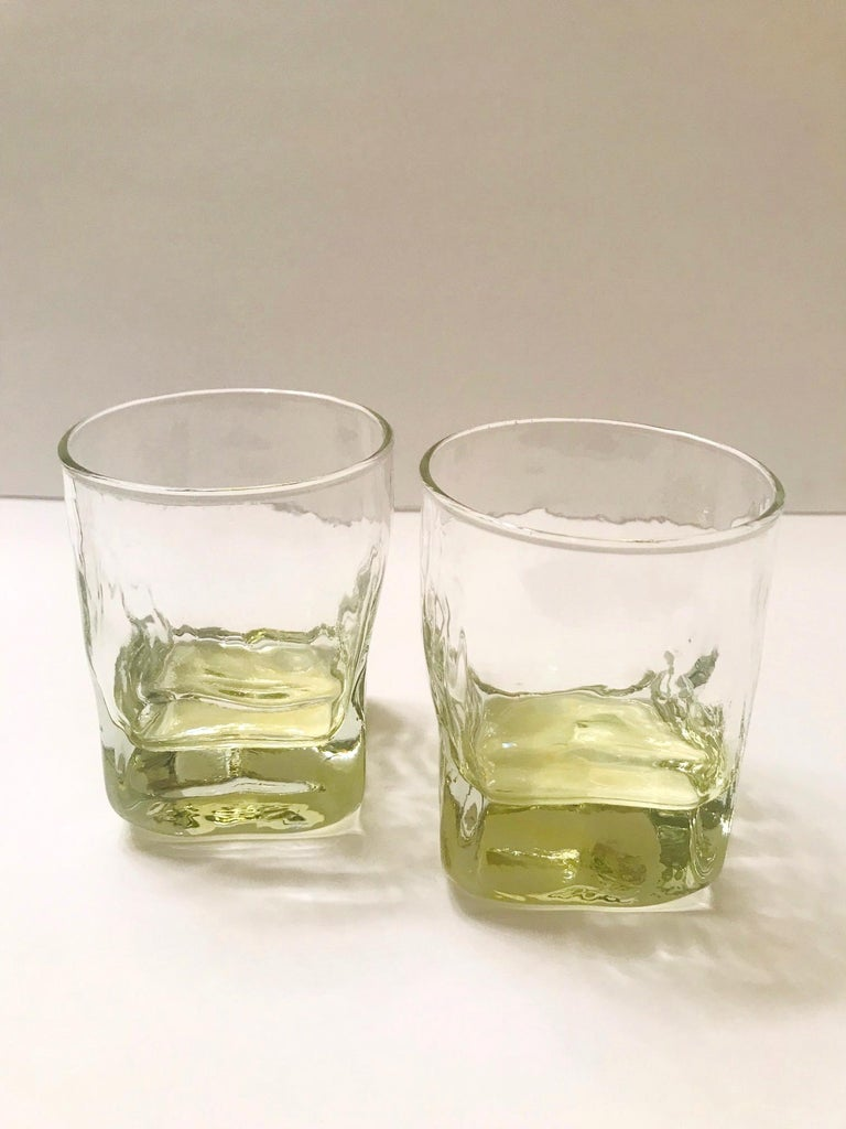 Late 20th Century Set of Six Vintage Iridescent Whiskey Glasses with Ice Glass Design For Sale