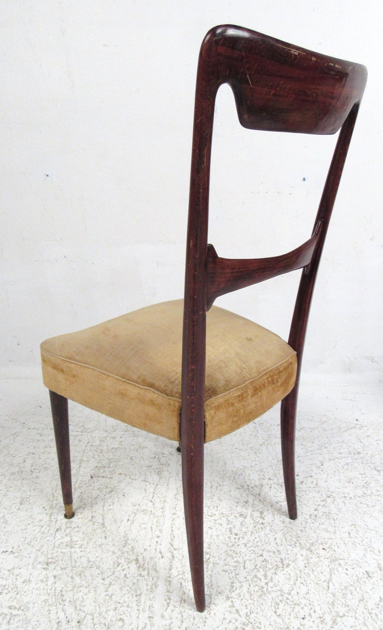 Set of Six Vintage Modern Italian Dining Chairs In Good Condition For Sale In Brooklyn, NY