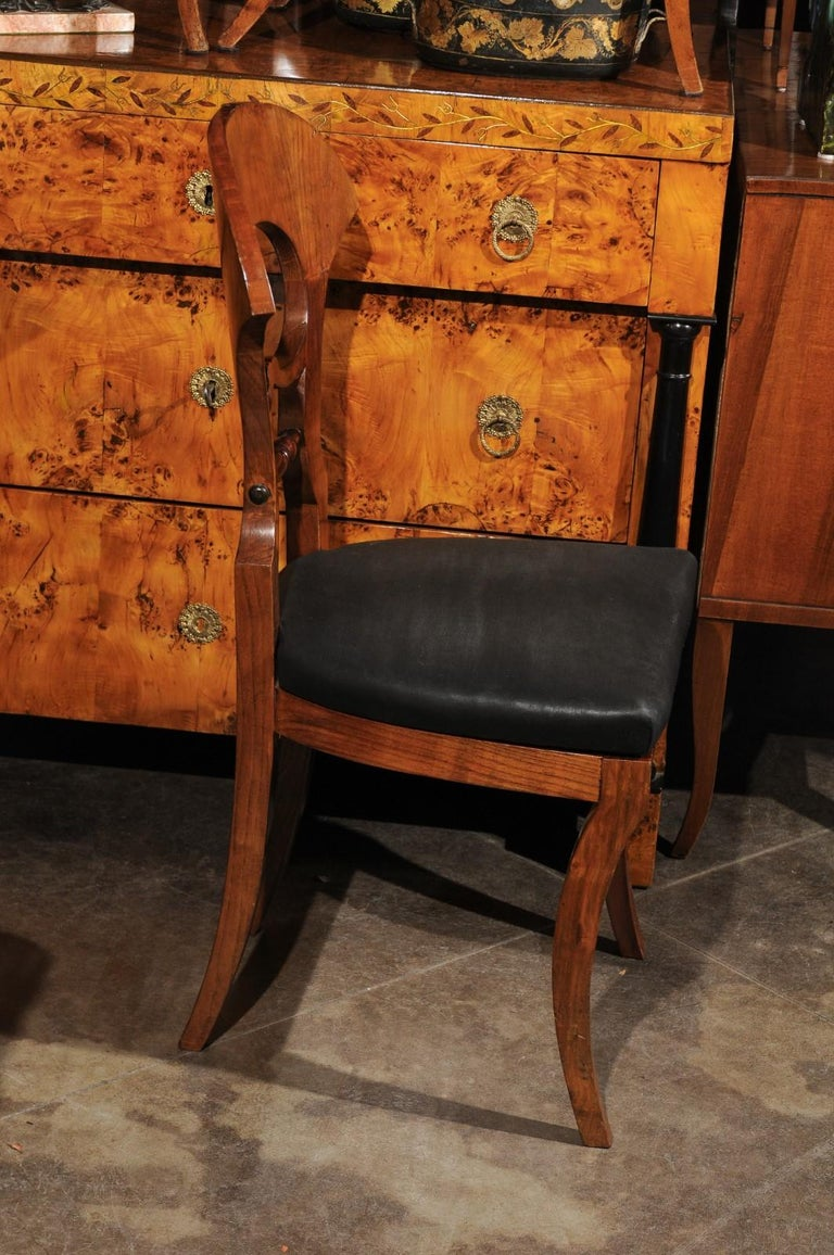 19th Century Set of Six Walnut 1840s Biedermeier Austrian Dining Room Chairs with Fan Backs For Sale