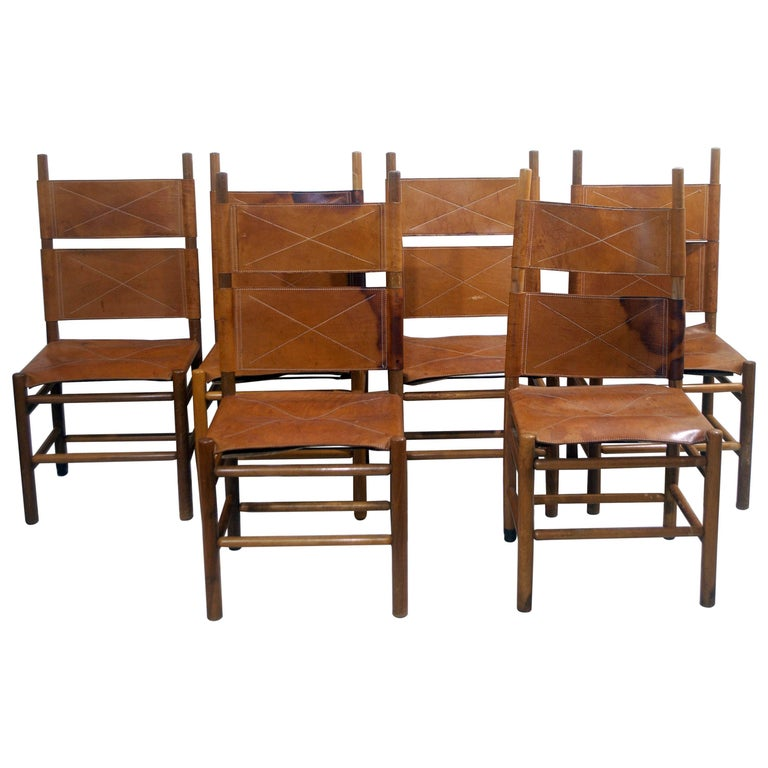 Set of Six Walnut and Cognac Leather Chairs by Carlo Scarpa for Bernini, 1977 For Sale