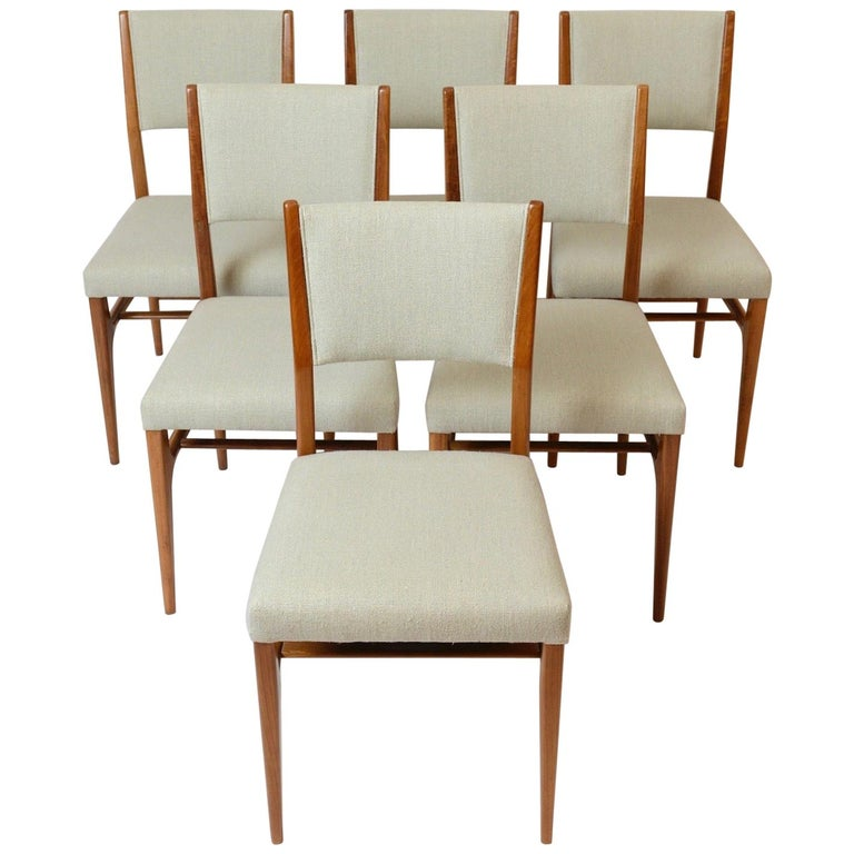 Set of Six Walnut Gio Ponti '602' Chairs by Cassina, Italy, circa 1955 For Sale