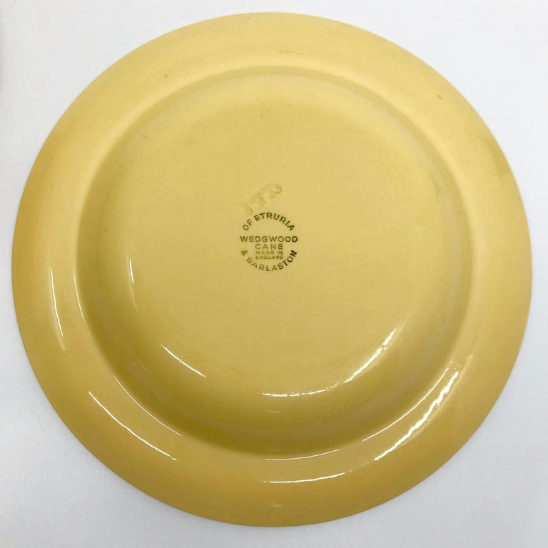 Set of Six Wedgwood Yellow Plates For Sale 3