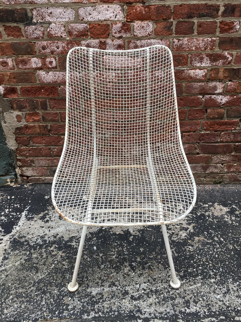 Set of Six Woodard Sculptura Wire Mesh Side Chair In Good Condition For Sale In Garnerville, NY