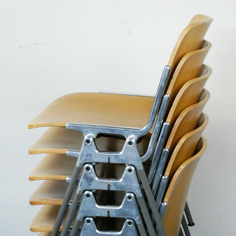 Set of Six Wooden Castelli DSC 106 Stacking Chairs by Giancarlo Piretti 2
