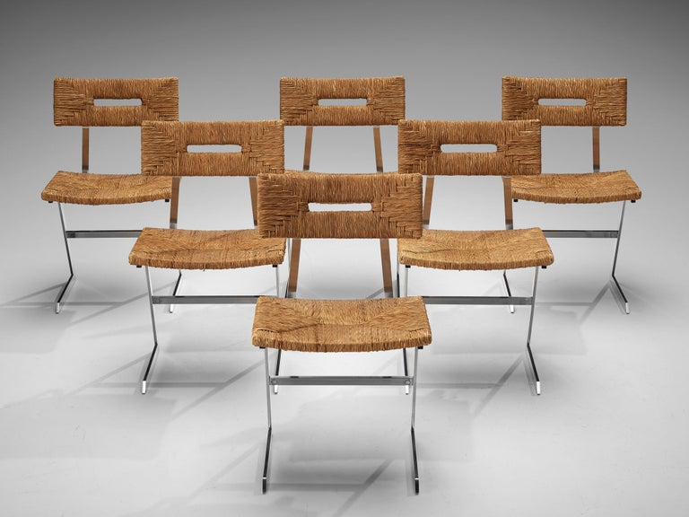 European Set of Six Zig-Zag Dining Chairs in Metal and Straw Webbing For Sale