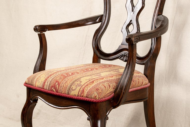 Set Of Sixteen Vintage Mahogany Georgian Style Dining Chairs In Good Condition For Sale In Bridgeport, CT