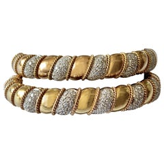 Set of Solid Yellow and White Gold Cuff Bracelet