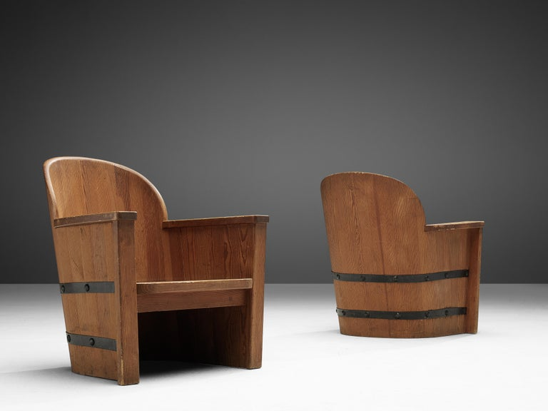 Mid-Century Modern Set of Swedish Lounge Chairs in Pine For Sale